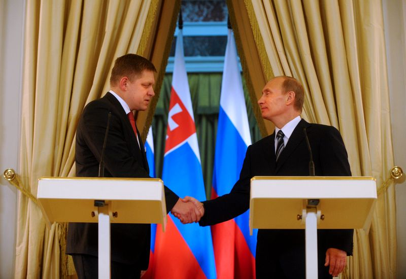 RUSSIA-SLOVAKIA-PUTIN-FICO