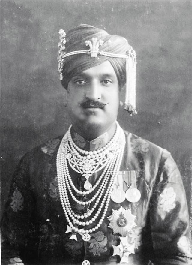 large-maharaja-hari-singh-of-kashmir